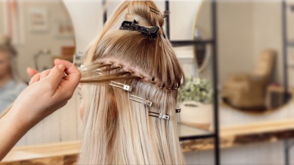 coloring hand tied wefts
